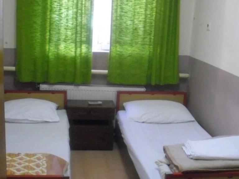 """туристическа спалня """"Гоце Делчев"""""""