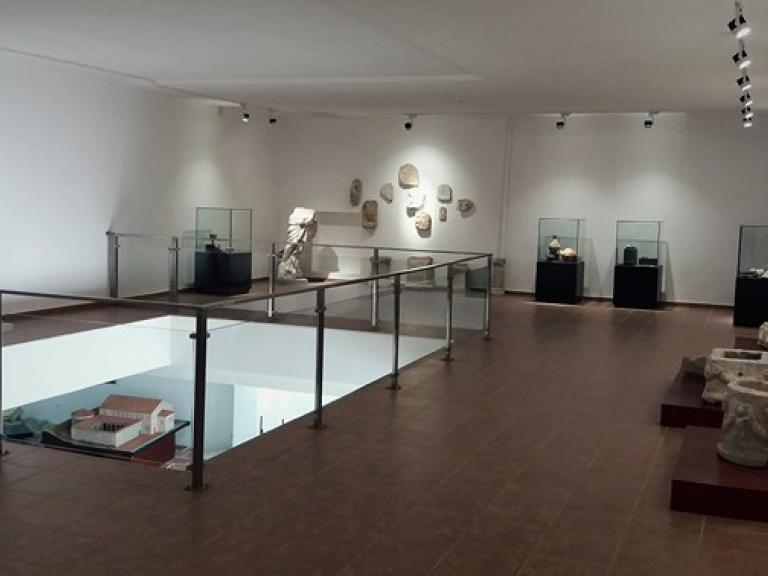 Археологически музей (основан 1936г.)
