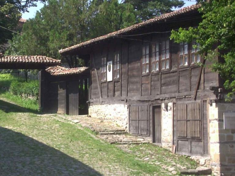 Арх. - исторически комплекс - Даскалоливница