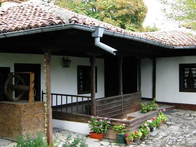 Чирпан – Къща-музей на Пейо К. Яворов